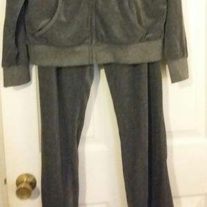 Lee Han Ton Pants - Sweat Suit